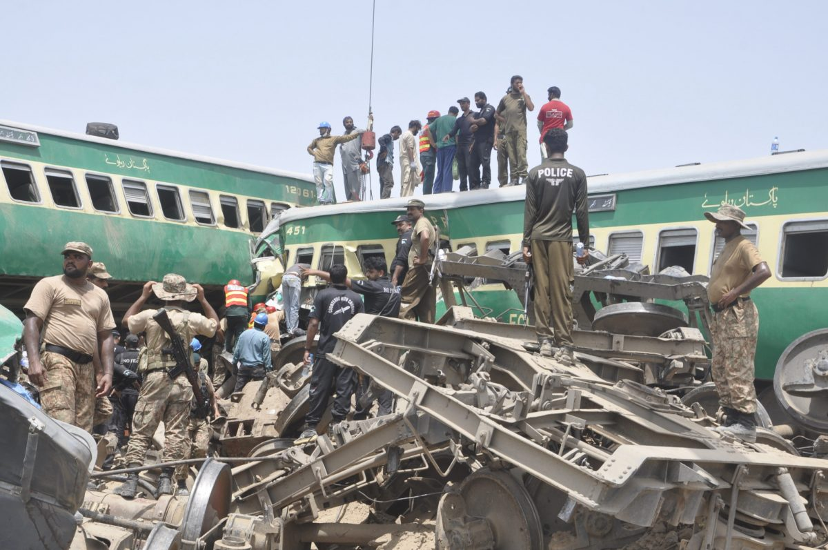 Pakistan railway accident 1