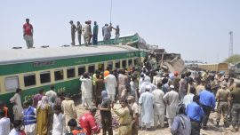 Train Collision in Pakistan Kills 20