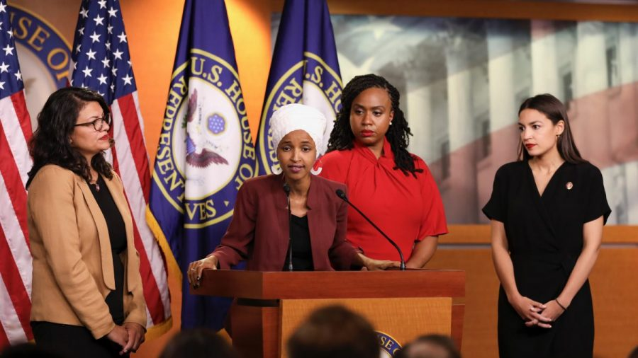 Trump Says Israel Shouldn't Let Omar, Tlaib Into Country: 'They Hate Jewish People'