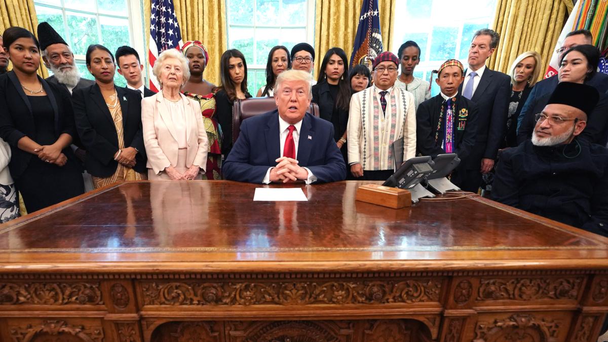 Trump hosts survivors of religious persecution