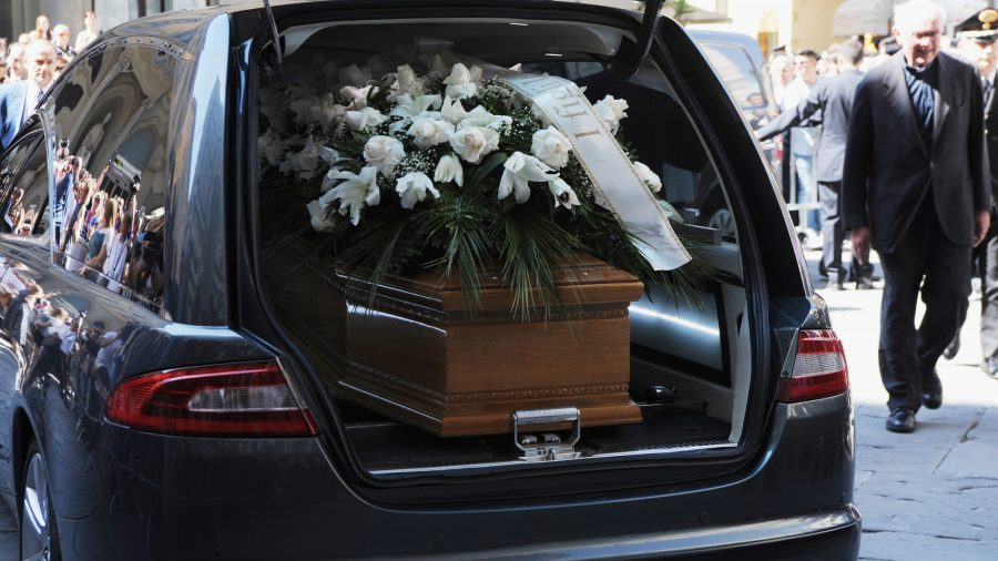 Police Pull Over Funeral Hearse In Hov Lane He Doesn T Count