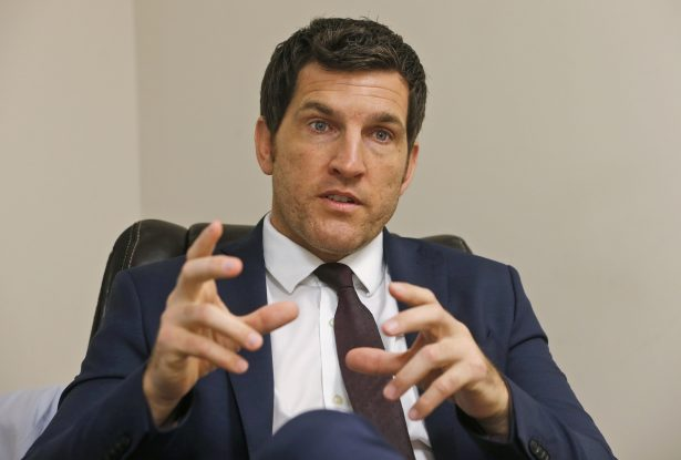 Scott Taylor to challenge Mark Warner