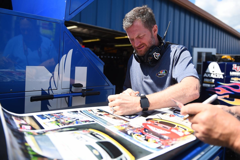 Earnhardt Jr. crash first responders gifted NASCAR tickets
