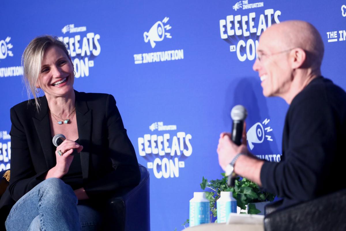 Cameron Diaz and Jeffrey Katzenberg speak onstage at EEEEEatscon
