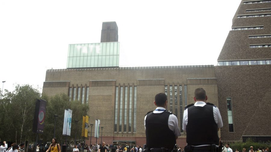 6-Year-Old Pushed From Tate Modern Critical but Stable