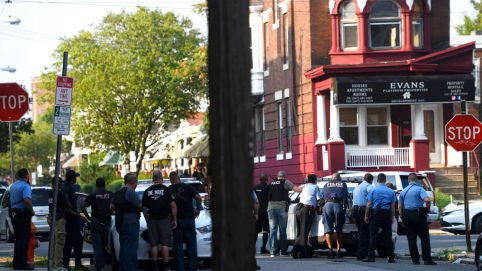 Philly Shootout Suspect Who Wounded 6 Cops Was Federal Informant: Report