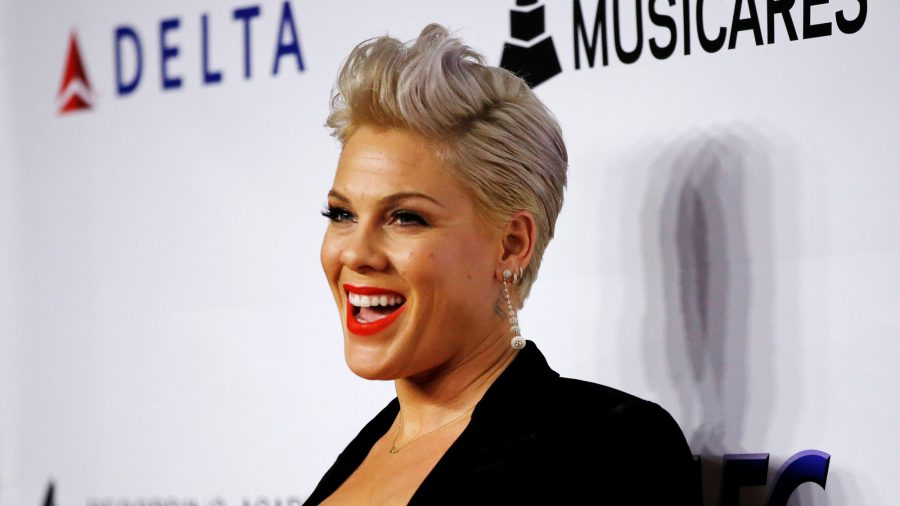 Singer Pink Pledges $500,000 to Fight Australia Wildfires