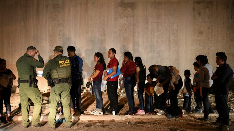 Mexico Announces 56 Percent Drop in Illegal Immigrants Arriving at US Border After Crackdown