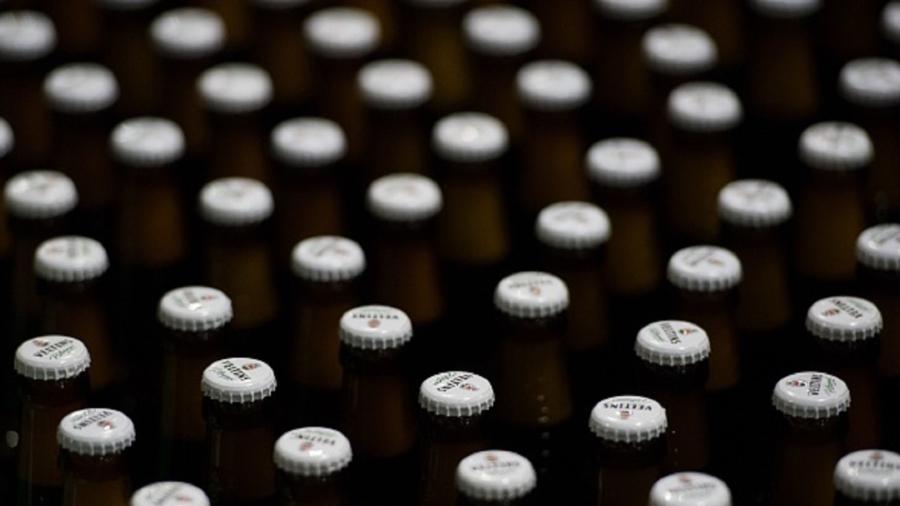 10,000 Bottles of Beer on the Road: German Truck Loses Load