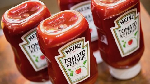 Finally, Heinz Is Teaching Us How to Pour Ketchup Correctly