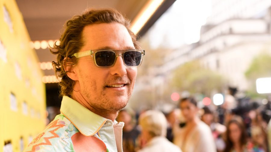 Matthew McConaughey Helps Prepare Meals for Firefighters in California
