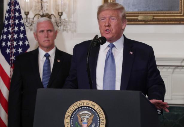trump in diplomatic room