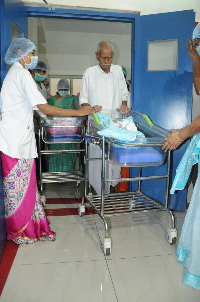 Indian woman, 73, gives birth to twin girls
