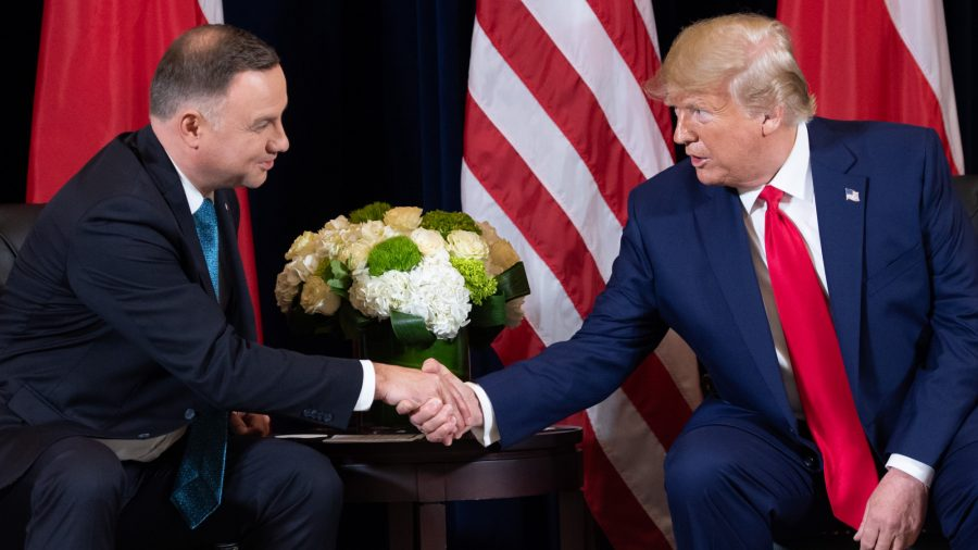 Trump and Polish President Duda Sign Declaration to Boost US Military Presence in Poland