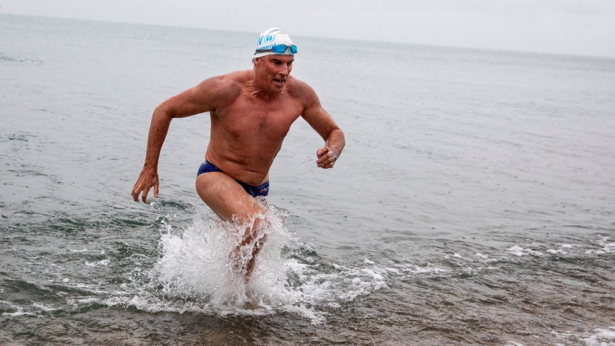 Endurance swimmer Lewis Pugh