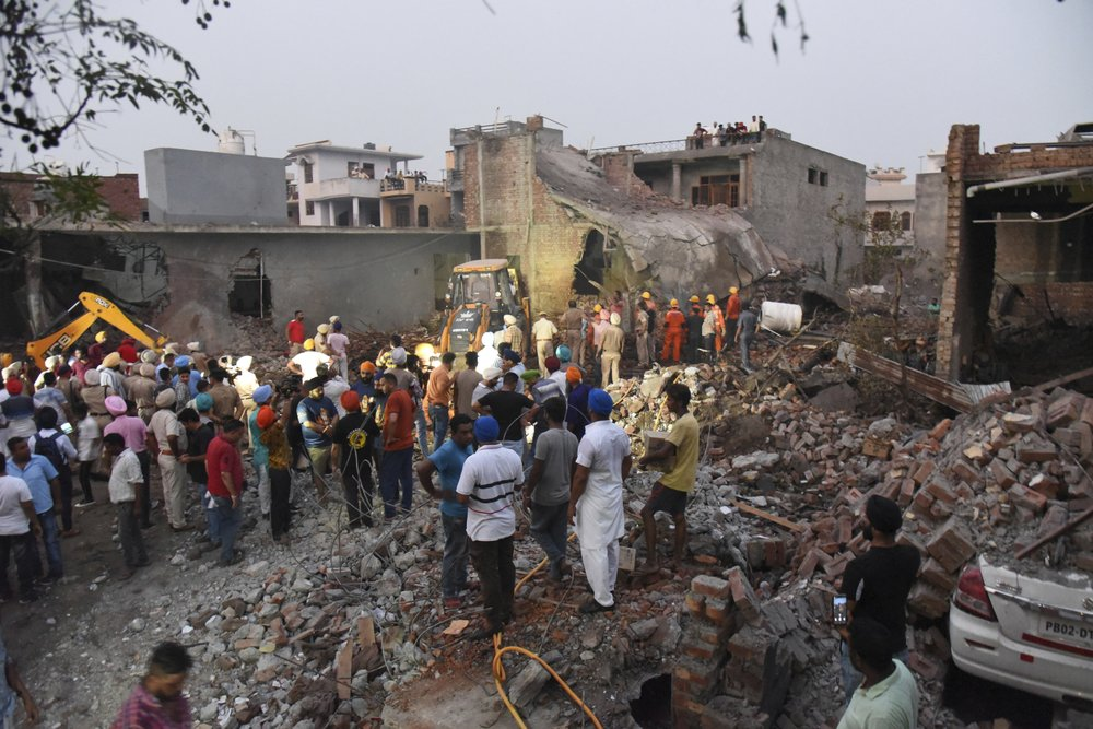 India Fireworks factory explosion 1