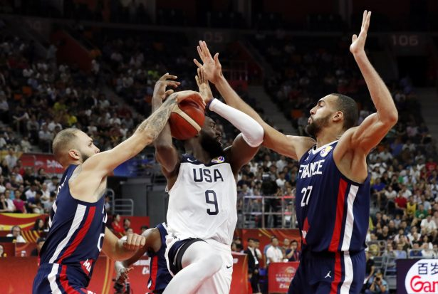 France Knock Holders US out of World Cup Medal Rounds