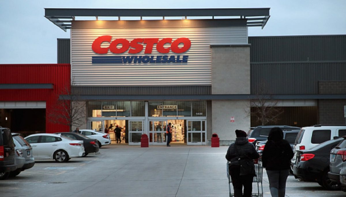 Customers shop at a Costco store in Chicago, Illi.,