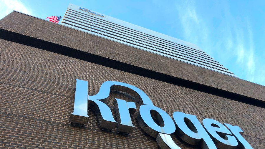 Kroger Asks Customers to Quit Openly Carrying Guns in Stores