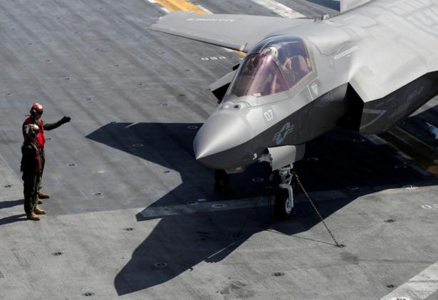 Pentagon Announces 'Historic' $34 Billion Cost-Saving F-35 Deal