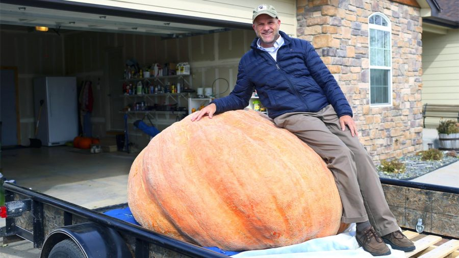 Wyoming Man Grows 1,491-Pound Pumpkin, Breaks State Record