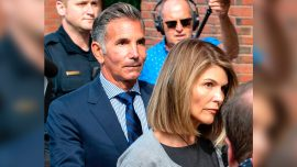 Loughlin, Giannulli Fighting New Charges in Admissions Case