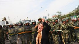 US Imposes Visa Restrictions on Chinese Officials Over Abuse of Muslim Minorities in Xinjiang