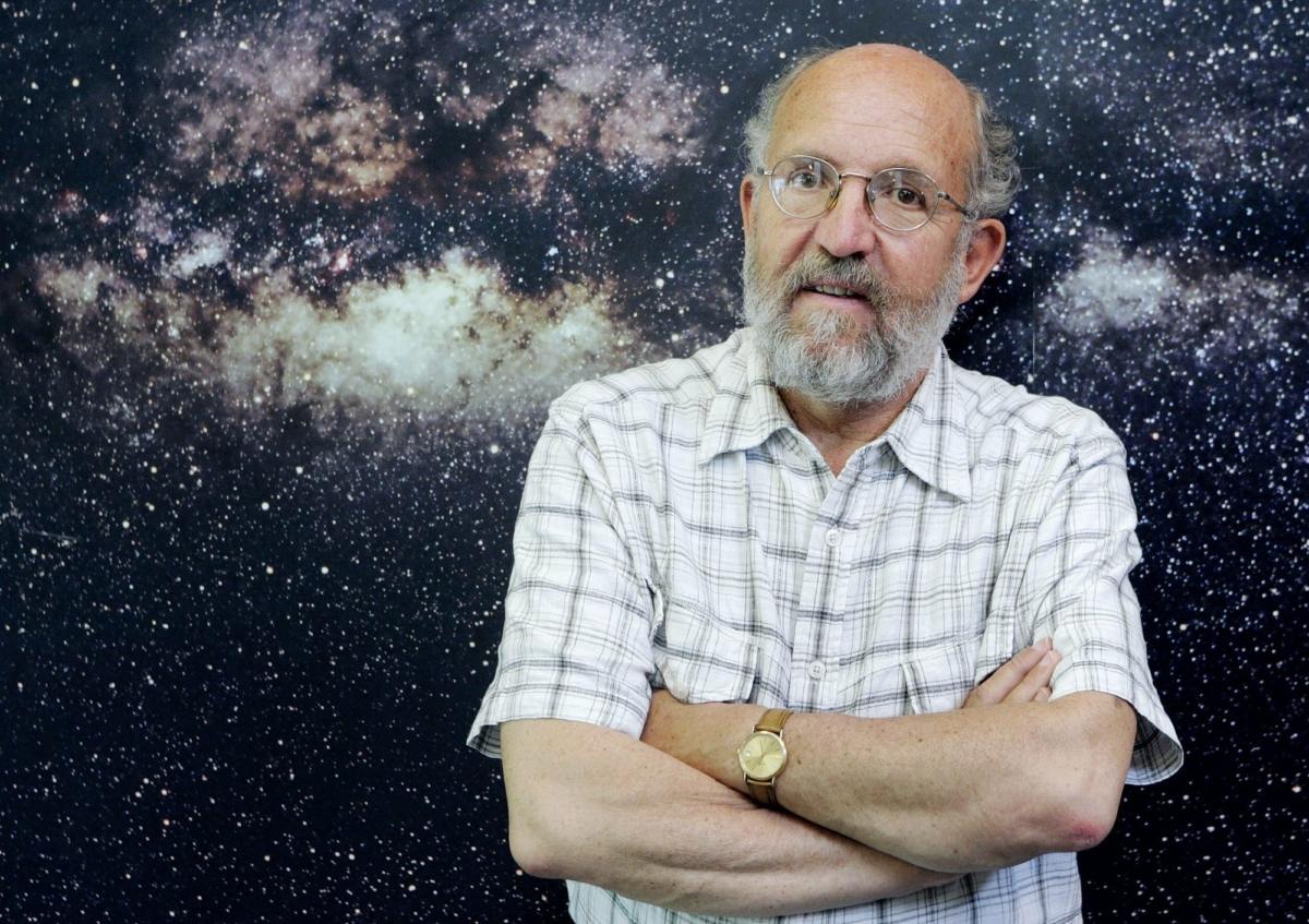 Swiss professor Michel Mayor
