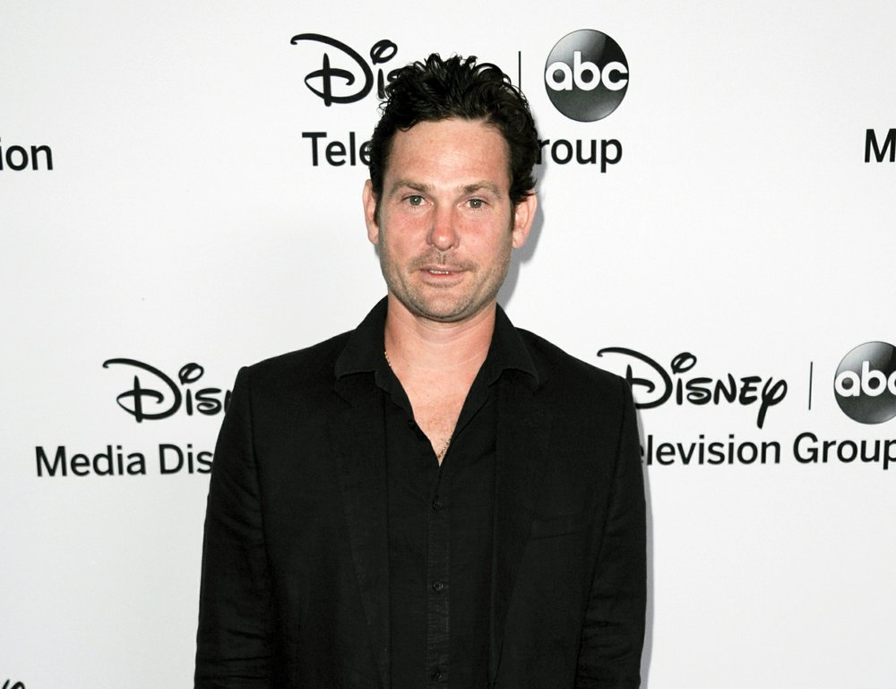 Henry Thomas, Star of 'E.T. the Extra-Terrestrial,' Arrested for Alleged DUI