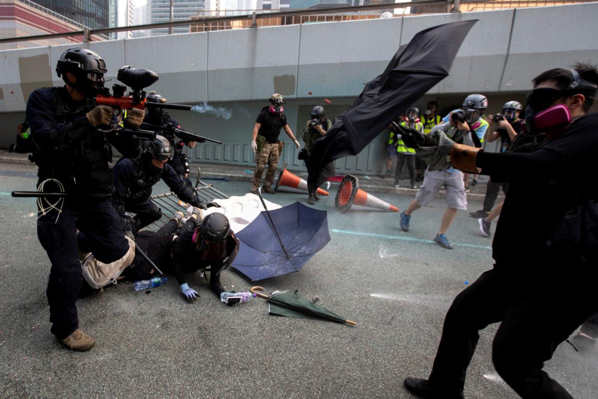 hong-kong-police-protests