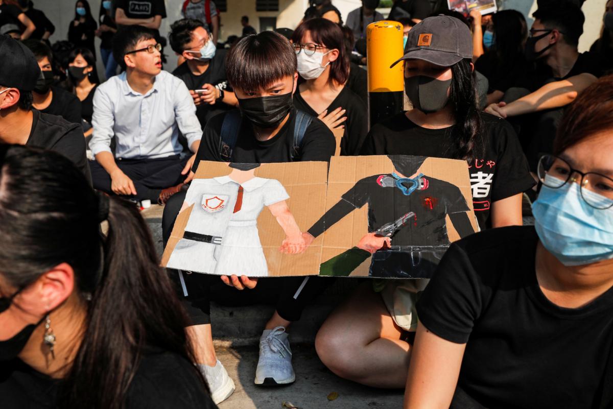 student-shot-HONGKONG-PROTESTS
