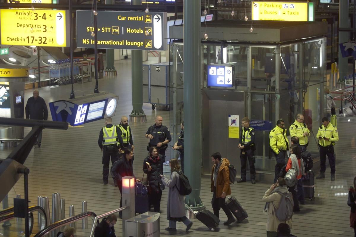 Dutch police Amsterdam Schiphol