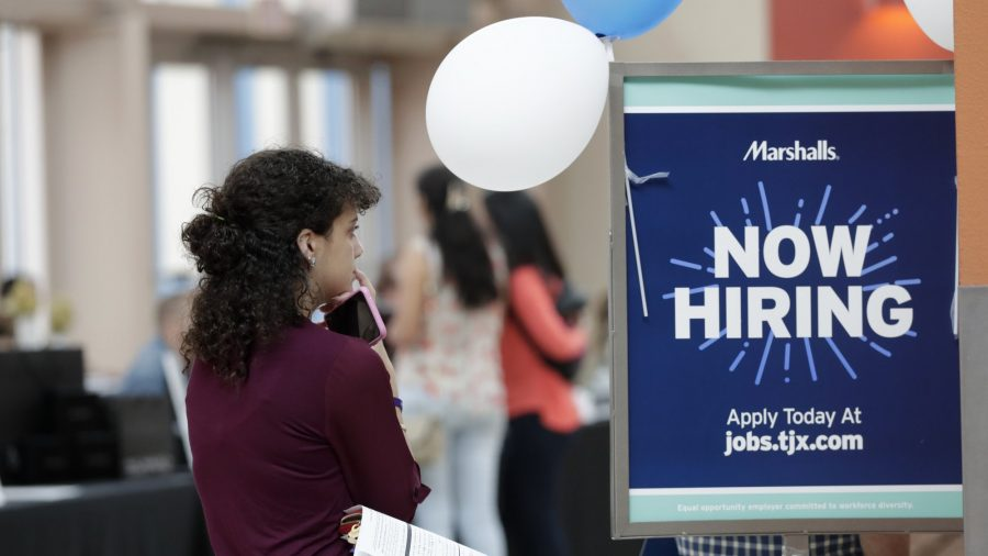 US Adds 128,000 Jobs as Hiring Remains Resilient Despite GM Strike