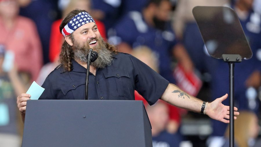 Duck Dynasty Stars Speak at Trump Rally