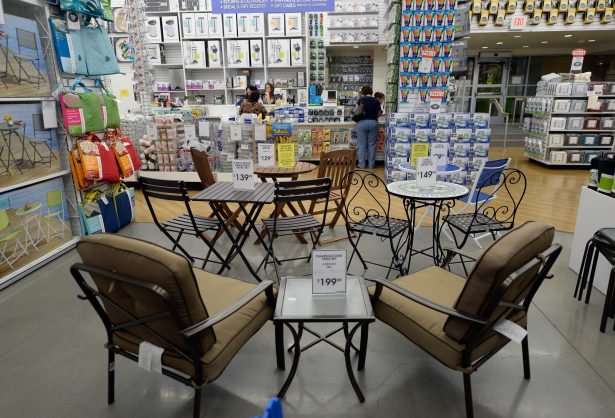 bed bath & beyond's new ceo just laid off nearly his