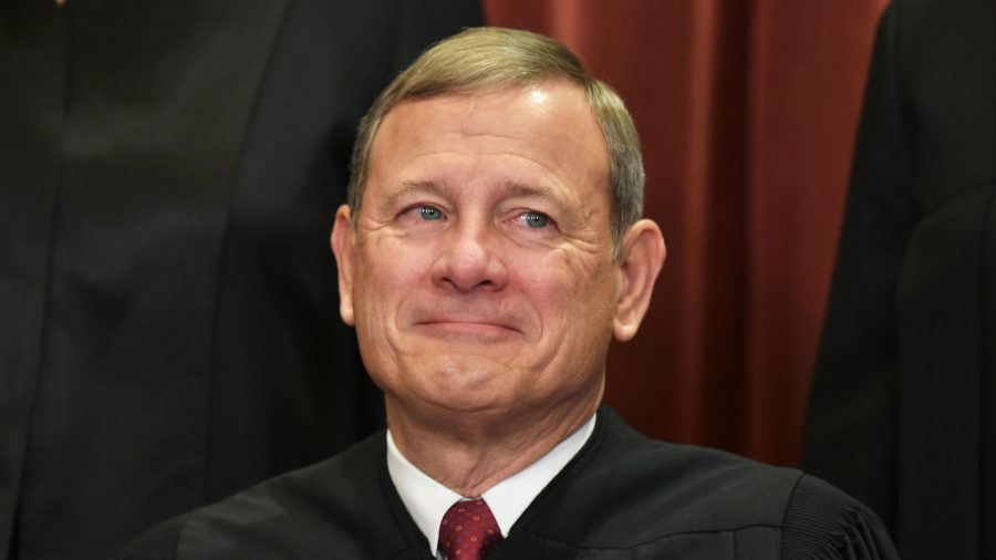Supreme Court Chief Justice Warns of Internet Disinformation in Year-End Report