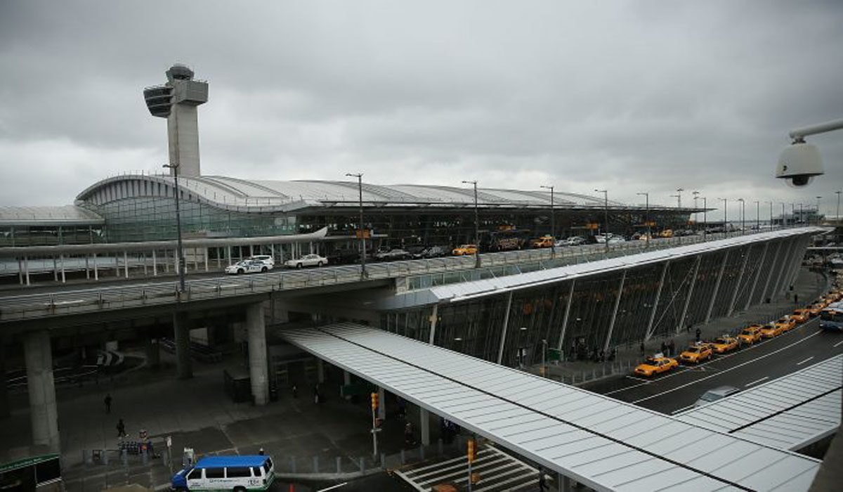 SuperShuttle Airport Business Is Shutting Down for Good at the End of the Year
