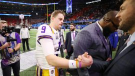 LSU Quarterback Finds out About Fatal Plane Crash After the Game