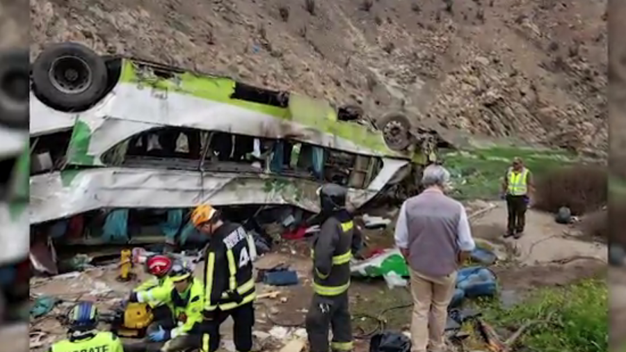 Chile: At Least 21 Dead After Bus Overturn