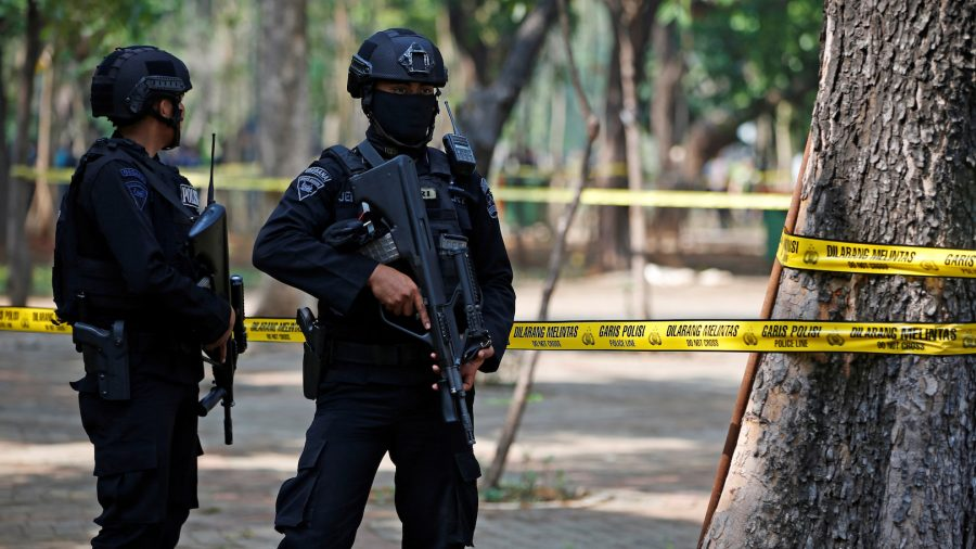 Suspected Smoke Grenade Blast Near Indonesia's Presidential Palace Hurts Two