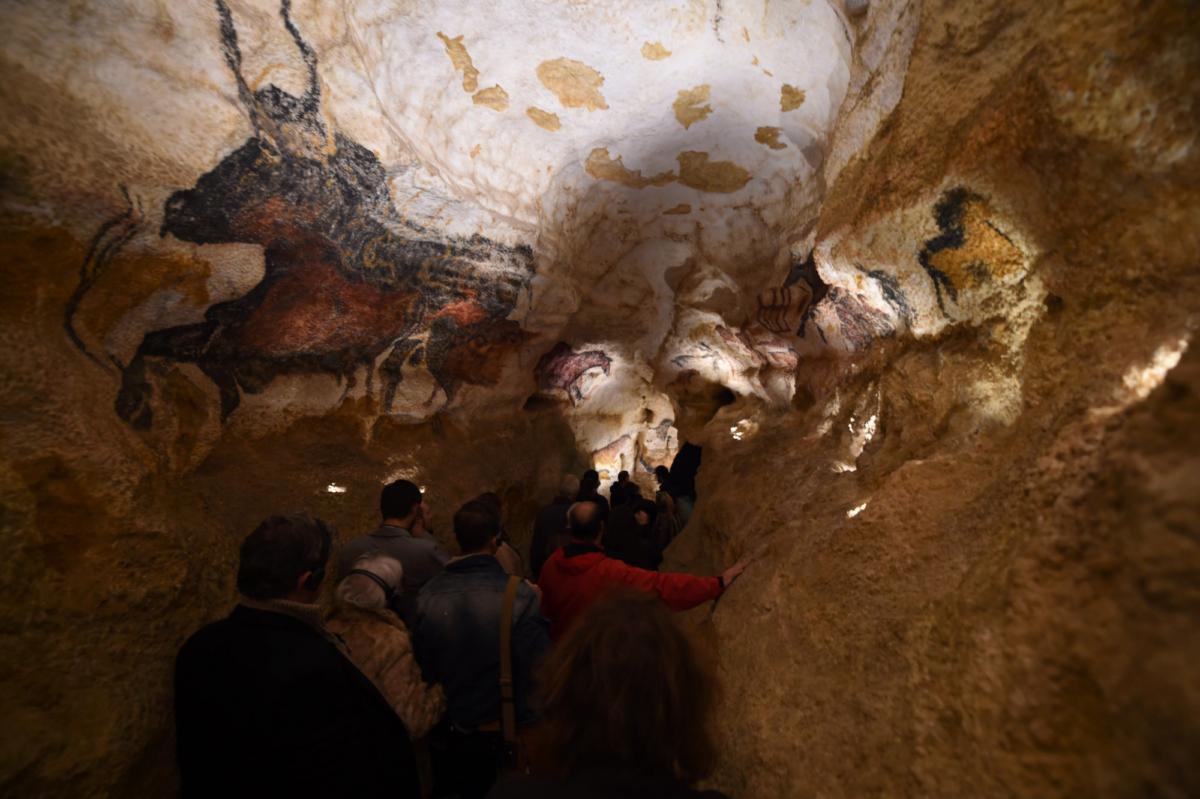 Half-Animal, Half-Human Hybrids Depicted on Oldest Discovered Cave Art