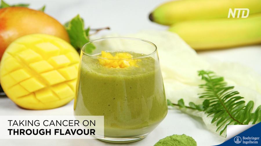 Banana-Mango Green Tea Smoothie