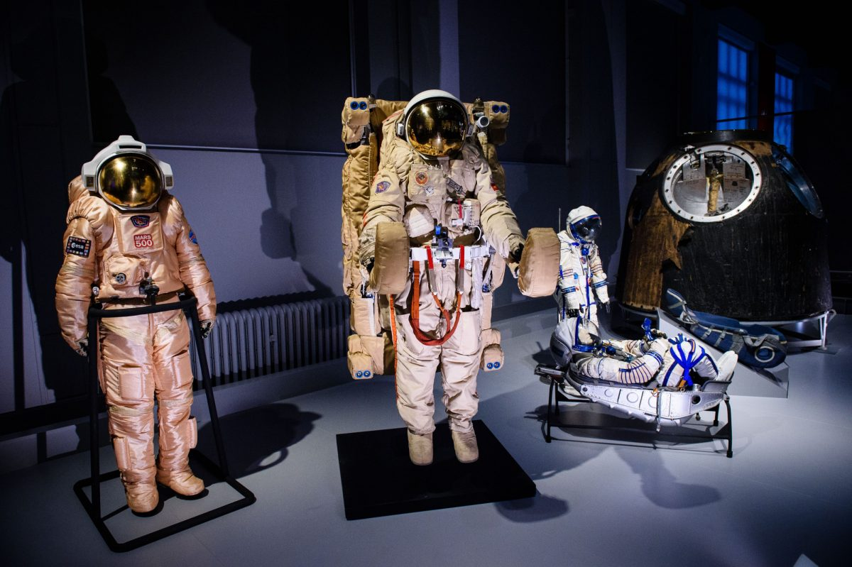 The-Orlan-Mars-500-extravehicular-activity-suit