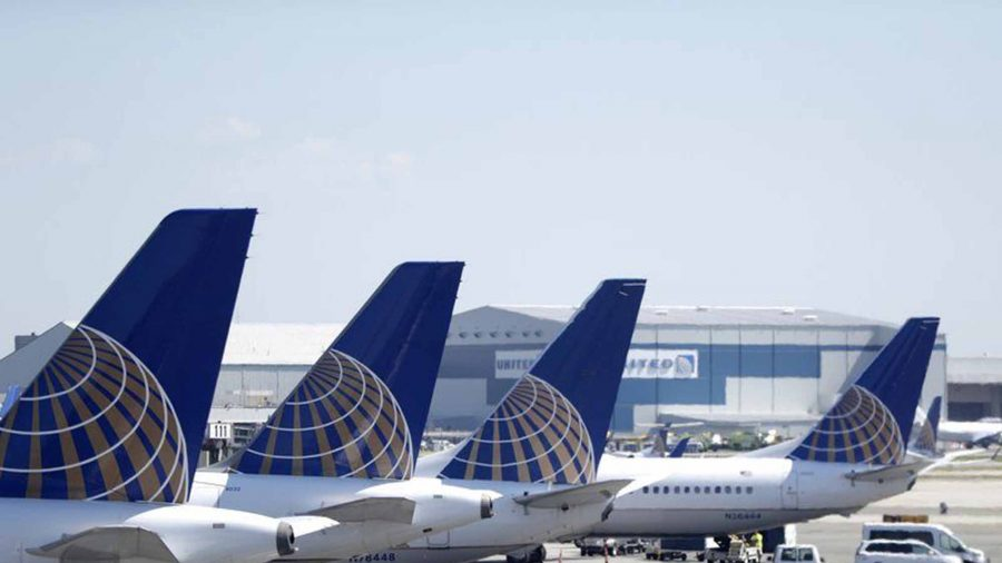 United flight makes emergency landing at Newark after wing flames