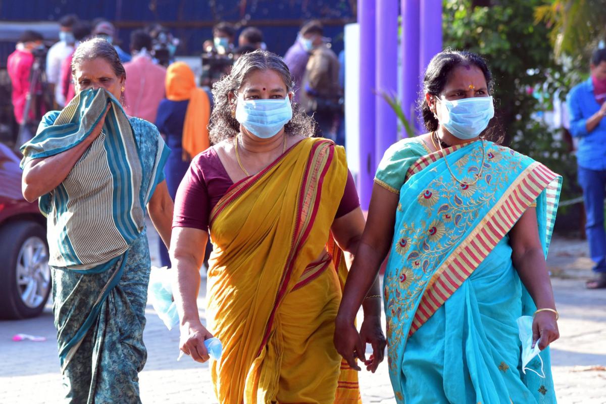 Kerala-India residents-facemask