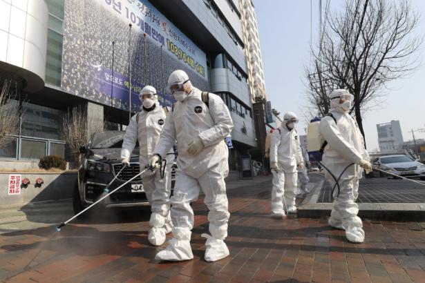 Virus Outbreak Clusters