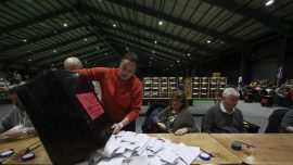 Ireland to Face Messy Coalition Talks After Close Vote