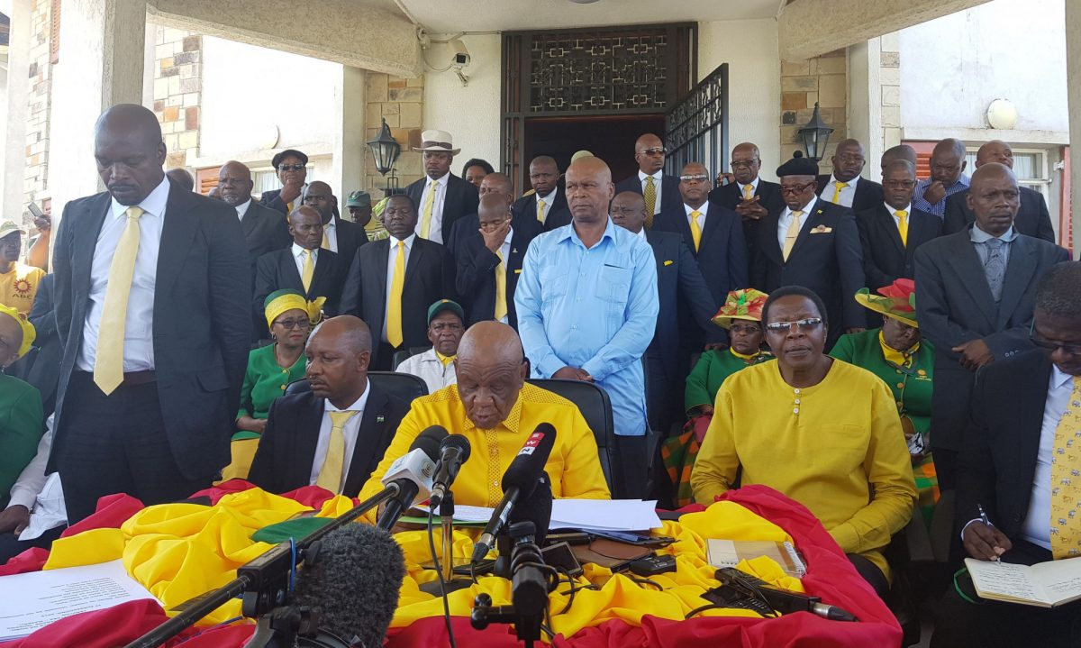 thomas thabane holds press conference