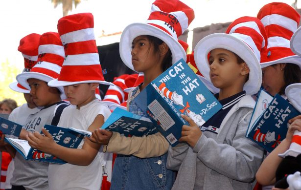 kids reading cat in the hat