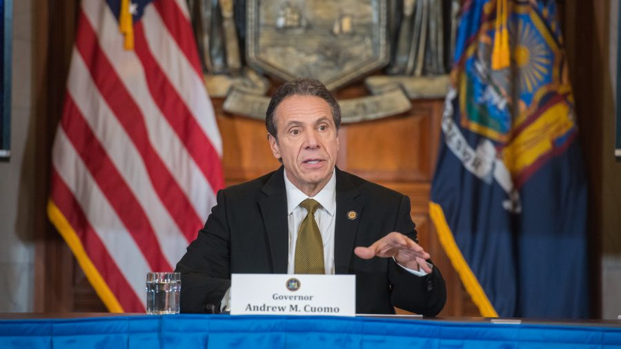 Cuomo Praises Trump for Helping Curb Coronavirus Outbreak